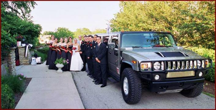 [Image: Traveling with Ringer Limousine's wedding limo service is a great step in making your wedding exceed all expectations.]